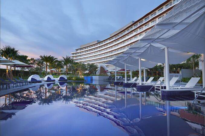 hilton-okinawa-chatan-resort