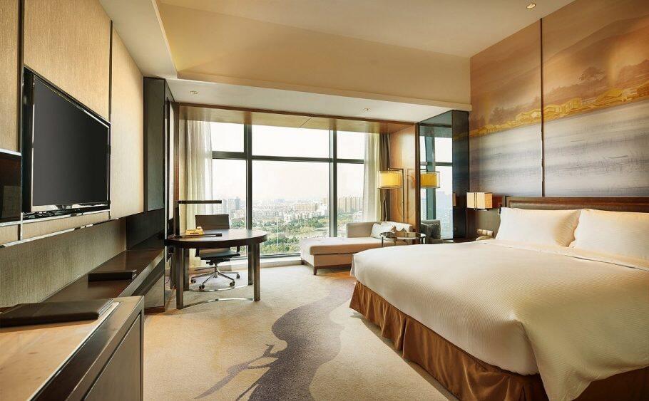 宁波北仑世茂希尔顿逸林酒店,积分兑换预订成本仅需美元(1万分)