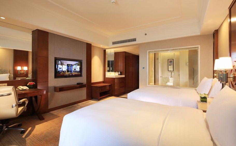 宁波春晓世茂希尔顿逸林酒店,积分兑换预订成本仅需美元(1万分)
